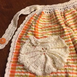 Other - Apron NWOT Hand crocheted